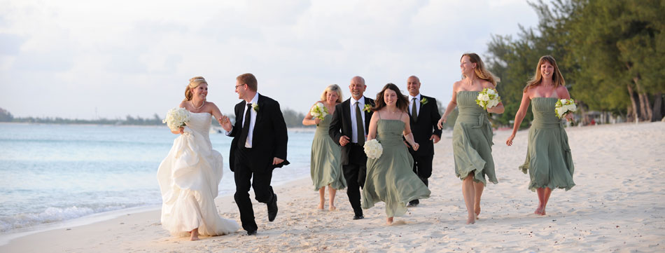 beach wedding party pictures